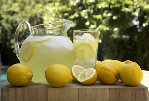 List of 15 drinks that would help reduce that waistline for good quickly!
